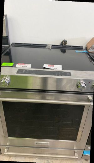 Kitchen aid electric stove ‼️‼️‼️‼️‼️‼️ EWG2 for Sale in Garden Grove, CA