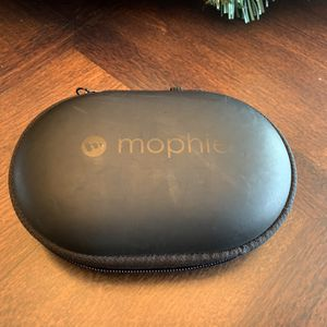 Mophie Power Capsule Portable 1400mAh Charging Case for Wireless Earbuds for Sale in Gilbert, AZ