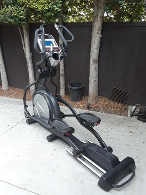 SOLE E35 Elliptical for Sale in Los Angeles, CA