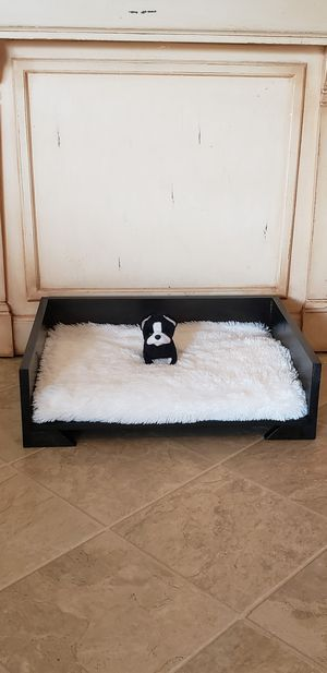 Farmhouse pet beds for Sale in Washington, IL