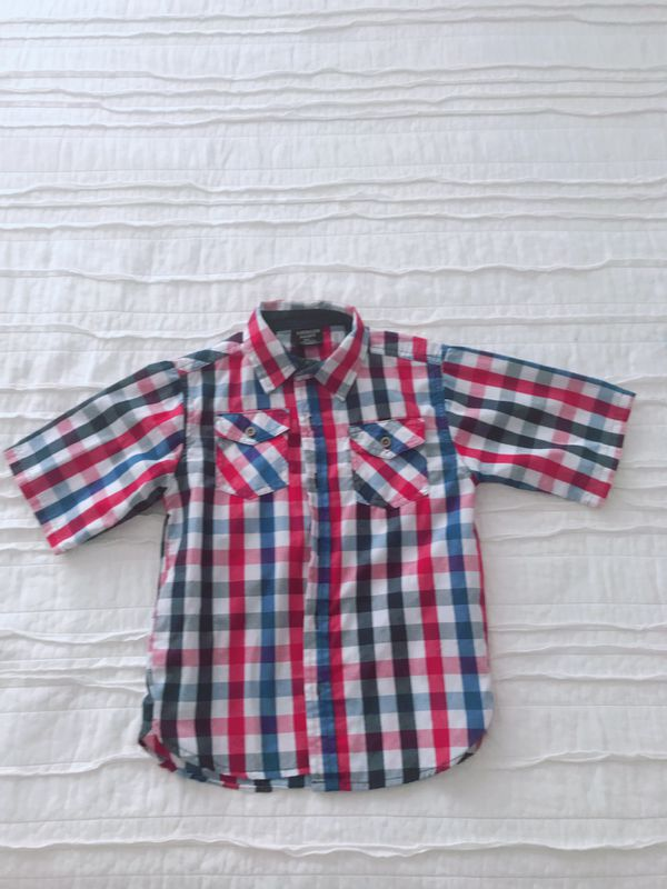 2 Boy shirts size 7