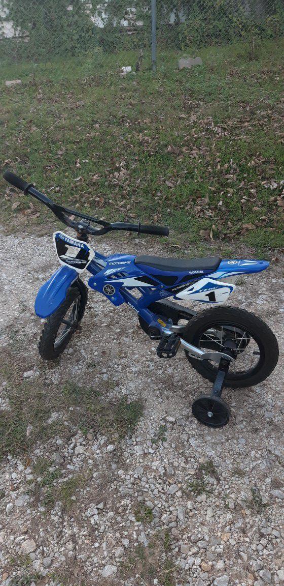Blue Yamaha Bike with Training Wheels