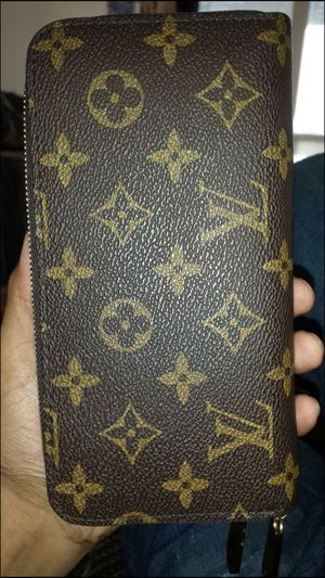 Louis vuitton for Sale in Sudley Springs, VA