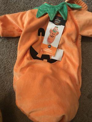 Baby pumpkin costume for Sale in Decatur, GA