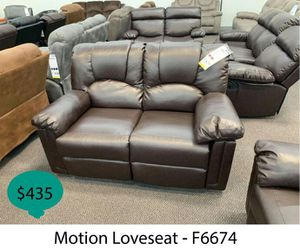 Motion loveseat for Sale in La Mirada, CA