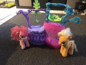 My little pony set for Sale in Hialeah, FL
