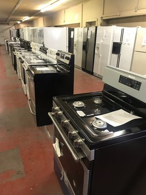 Gas and Electric Stoves for Sale in Saint Joseph, MO