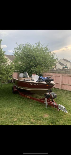 Lund fishing boat for Sale in Columbus, OH