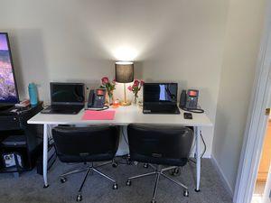 Office furniture/ desk / chairs for Sale in Atlanta, GA
