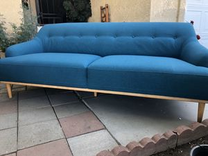 Brand new mid century style sofa. Retails for over $1300 for Sale in Fowler, CA