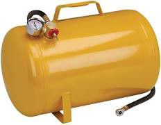 Central Pneumatic 5 gal portable air tank for Sale in Seattle, WA