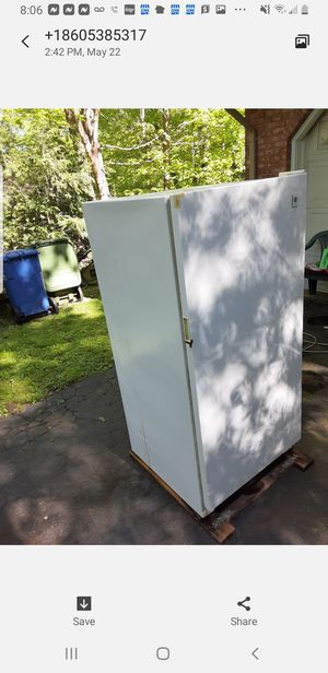 Ued freezer we are at 2109 E main street Bridgepor ct for Sale in Stamford, CT