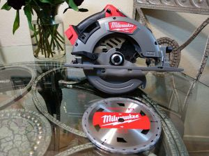 Milwaukee M18 Circular Saw (Tool Only) for Sale in Citrus Heights, CA