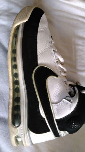 NIKE AIR FORCE SHOES MENS SIZE 7.5 for Sale in Escondido, CA