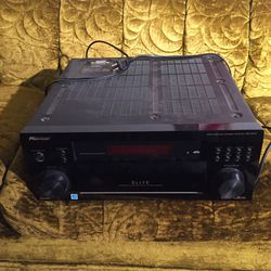 Pioneer Vsx-52tx Receiver for Sale in Portland,  OR