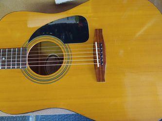 Squier By Fender DG-6 Acoustic Guitar w/ Fender Gig Bag for Sale in Whittier,  CA