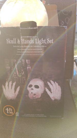Halloween Skull & hands light set for Sale in El Cajon, CA