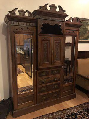 Antique Armoire for Sale in San Pedro, CA