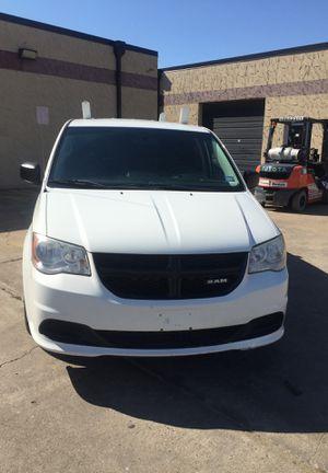 2013 Dodge Ram mini van for Sale in Arlington, TX