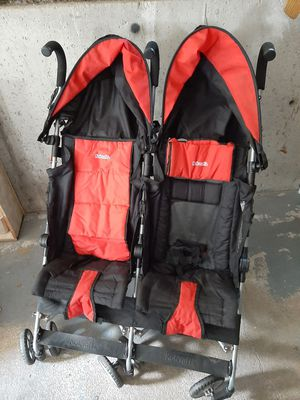 Kolcraft Double Stroller for Sale in Norwood, MA