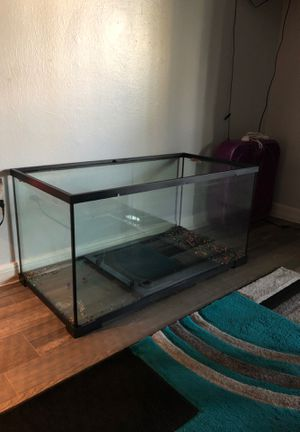 Fish tank. 50 Gallon for Sale in Tampa, FL