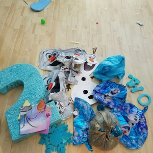 Olaf frozen 2nd birthday supplies lot for Sale in Miami, FL