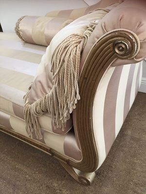 Chaise for Sale in FL, US