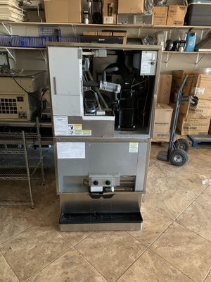 Ice Machine and Dispenser for Sale in Phoenix, AZ