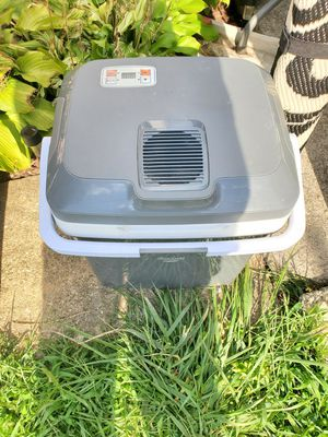 Plug in cooler for Sale in York, PA