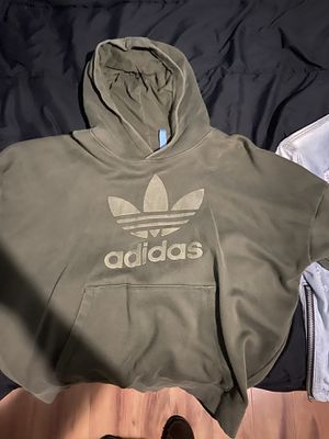 Adidas hoodie for Sale in Fountain Valley, CA