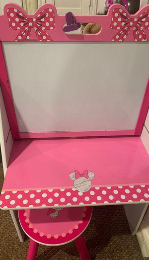 Minnie Mouse Desk for Sale in Gardena, CA