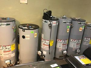 Gas and Electric Water Heaters WD5K for Sale in Houston, TX