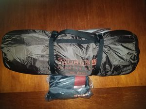 Alps Mountaineering Taurus 4 camping lightweight tent with footprint for Sale in Ansonia, CT