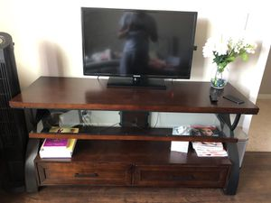 Tv unit only for Sale in San Diego, CA