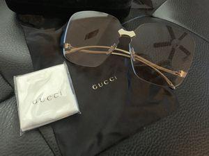 Brand new Gucci women's sunglasses for Sale in Las Vegas, NV