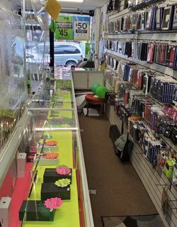 Wholesale Cellphone Accessories Closing Sale for Sale in New York,  NY