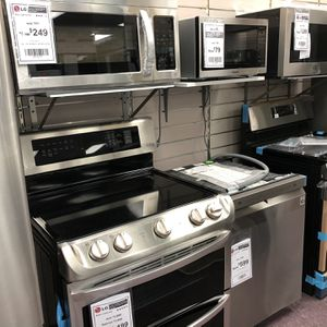 Pick Up Today Appliances Refrigerator Dishwasher Stoves Microwave for Sale in Hialeah, FL