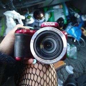 Kodak PixPro AZ401 for Sale in San Diego, CA