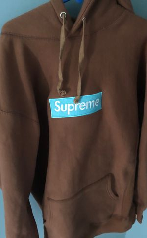 """Supreme fw17 hoodie """"rust"""" 100% authentic for Sale in Wrentham, MA"""