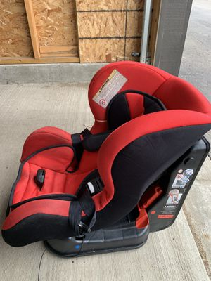 Ferrari car child seat - Red - 0 - 18kg or 0 - 39.68LBS for Sale in New Hradec, ND