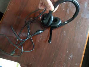 Usb gaming headset for Sale in TEMPLE TERR, FL