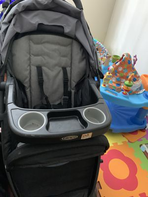 Graco car seat and stroller for Sale in Columbus, OH