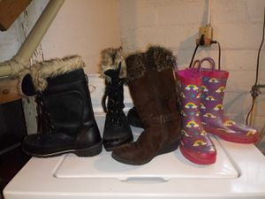 Rain boots ,dress boots and snow boots for Sale in Cleveland, OH