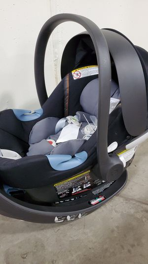 Cybex infant car seat for Sale in Morrison, CO