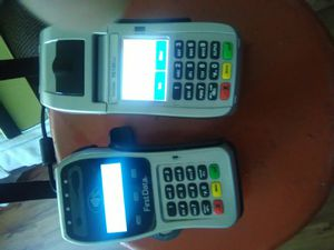 First Data Credit card machines and receipt printer for Sale in Mehlville, MO