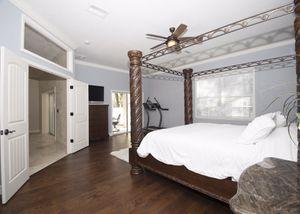 Master bedroom set for Sale in Tampa, FL