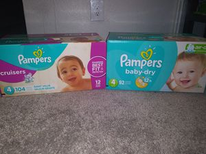 Pampers size 4 for Sale in Kent, WA