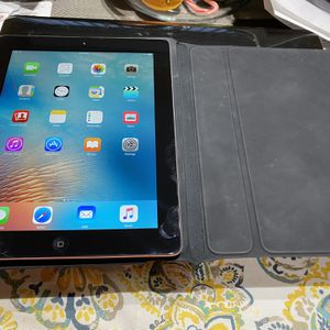 Apple iPad 3 32GB A1416 MC706LL/A (32GB, Wi-Fi, Black)3rd Generation for Sale in Chicago, IL