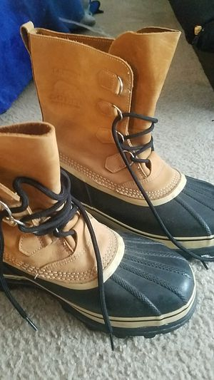 HAND CRAFTEd SOREL BOOTS NATURAL RUBBER for Sale in Beltsville, MD