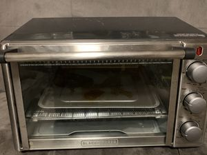 Black and Decker Toaster Oven for Sale in Palmyra, ME